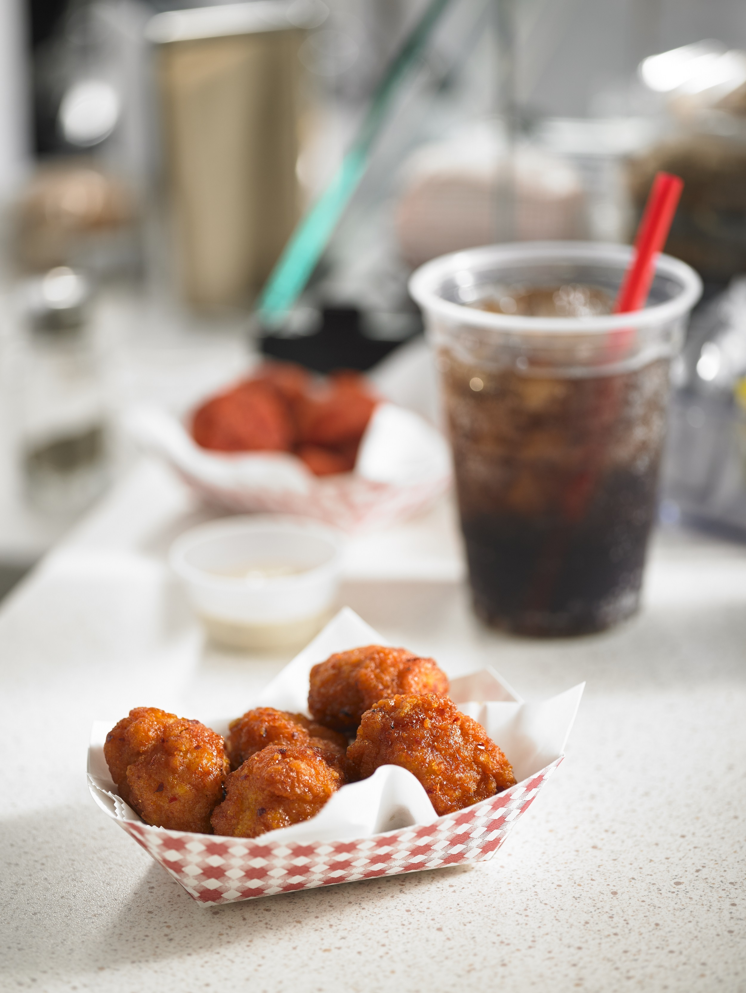 Fully cooked Tyson® Boneless Wings feature bold, on-trend flavors. (Photo: Business Wire)