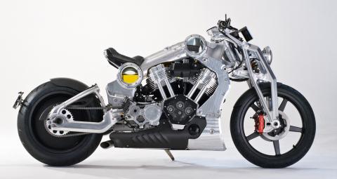 La moto da combattimento di Confederate crea un gran caos come formidabile motociclista punk, Mohawk, in Transformers: l'ultimo cavaliere