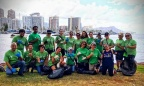 Hawaii: Macy's Go Green Employee Resource Group volunteers from Macy's Ala Moana and Kaahumanu stores held a beach cleanup for Earth Week 2017. (Photo: Business Wire)