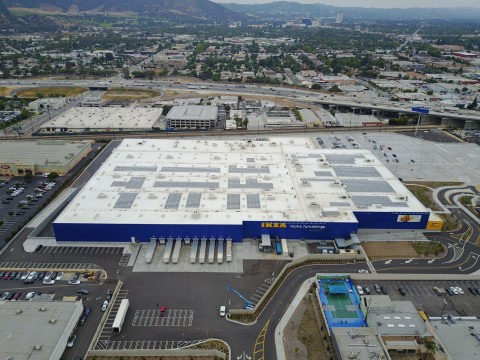 IKEA plugs in solar array atop relocated Burbank store; new installation nearly three times the size of previous one. (Photo: Business Wire)