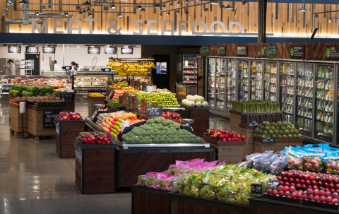Raley's Rancho Cordova store offers more than 200 organic produce offerings and a fresh selection of meat and seafood. (Photo: Business Wire)