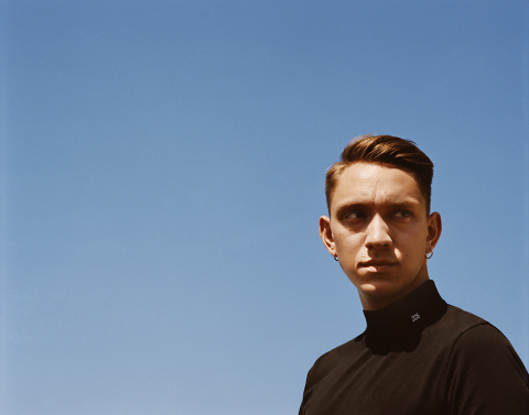 "Calvin Klein, Inc. Chief Creative Officer Raf Simons Collaborates with The xx for ""I Dare You"" Music Video (Photo: © 2017 Alasdair McLellan)"