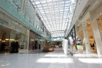 The Dubai Mall in the United Arab Emirates - the world's most visited mall - has installed Senion's StepInside® indoor positioning system to enhance visitor experience with wayfinding and a personalized connection to the mall's mobile app. (Photo: Business Wire)