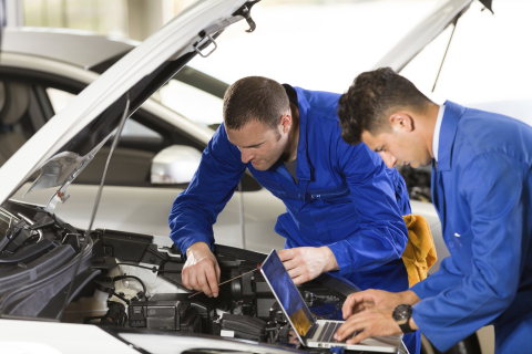 Automotive technology will take center stage during AAPEX 2017 as industry experts discuss the opportunities and challenges for auto repair shops. (Photo: Business Wire)