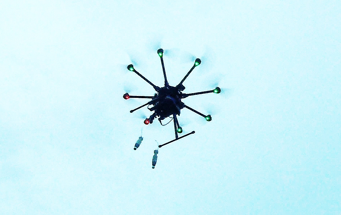 ExploDrone™ releasing dual Improvised Dropped Aerial Munitions (IDAMs™). (Photo: Business Wire)