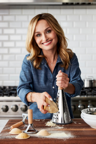 Launching online today on williams-sonoma.com, the exclusive assortment of pasta sauces, seasonings and chef's tools created by Giada were inspired by her Italian heritage and approachable cooking style. (Photo: Business Wire)