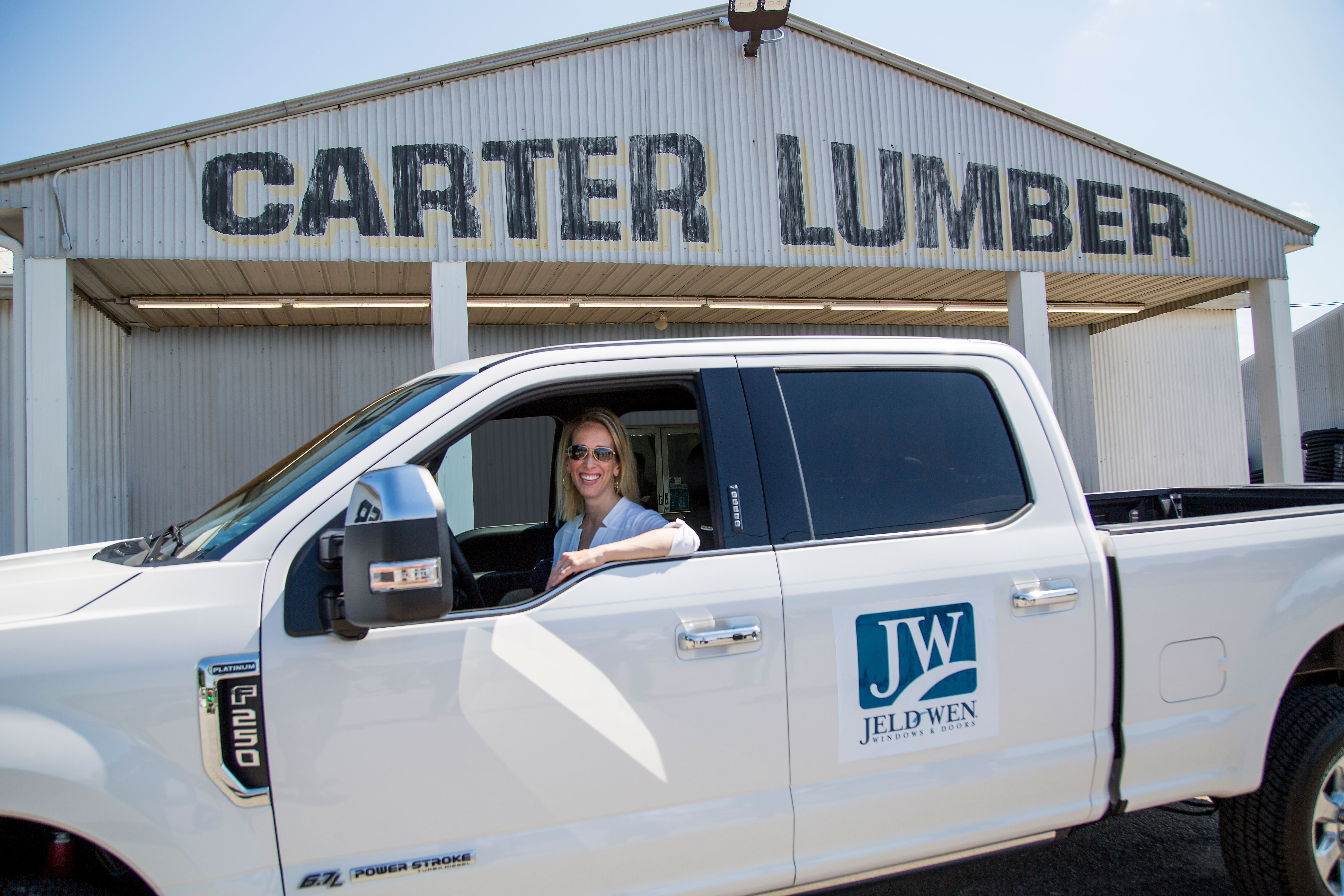 Don and Lisa Anderson get to drive a new Ford F-250 Super Duty for the next two years after winning a JELD-WEN national contest. (Photo: Business Wire)