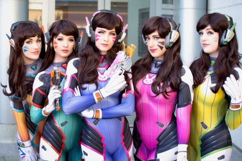 HyperX Cosplay Scavenger Hunt at Comic-Con 2017 with Cosplay artists. They will be wearing Cloud Revolver S gaming headsets, modified by the artists. (Photo: Business Wire)