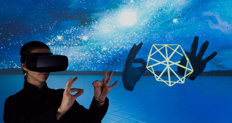 Leap Motion brings natural hand interaction to mobile VR (Photo: Business Wire)