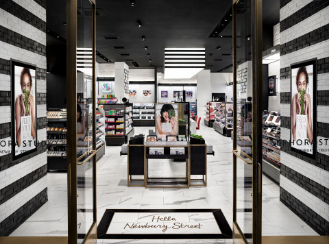 SEPHORA Pioneers New Retail Innovation with Launch of First Small-Format Concept Store (Photo: Business Wire)