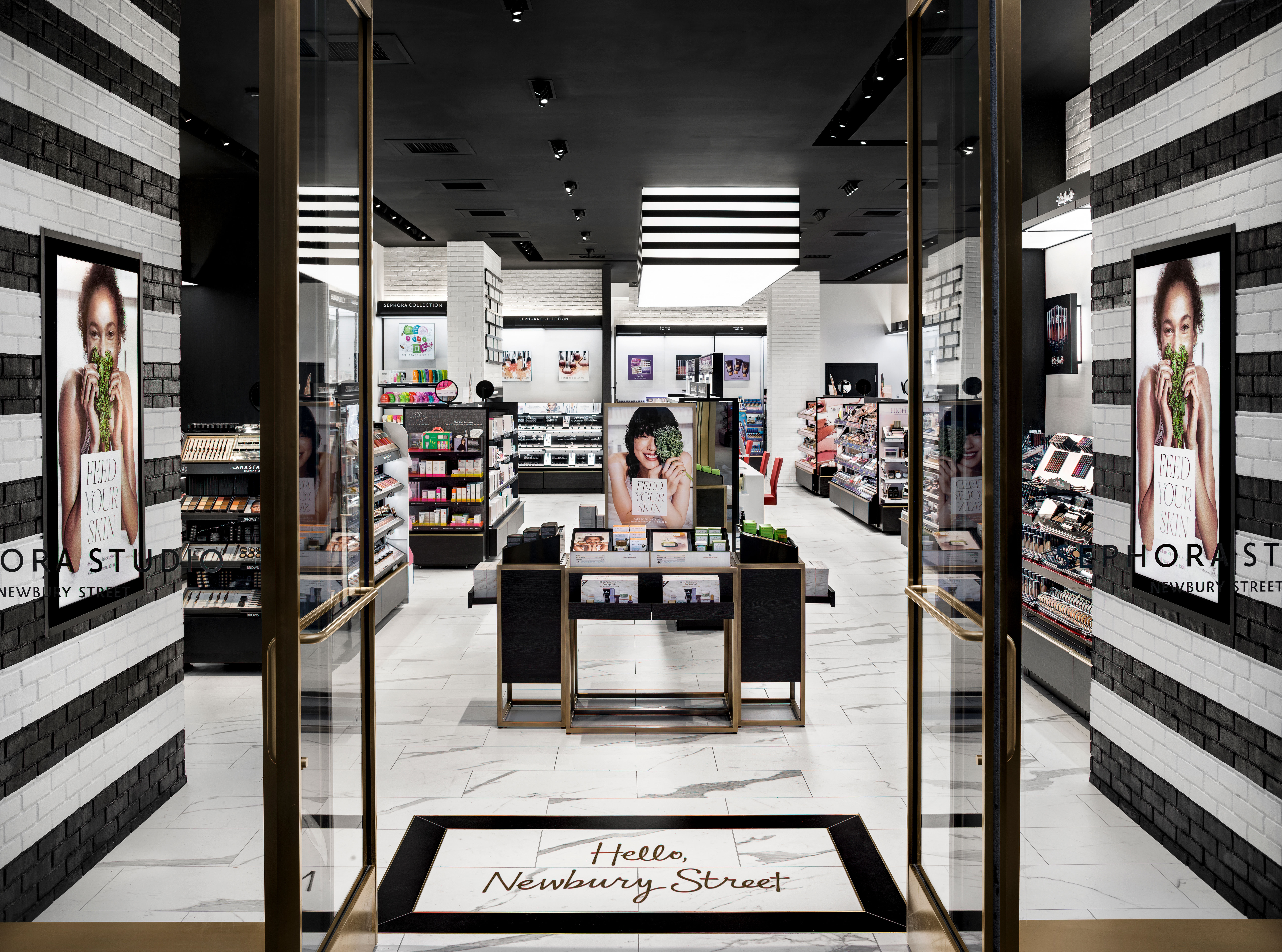 ed37aeee3033 SEPHORA Pioneers New Retail Innovation with Launch of First Small-Format  Concept Store