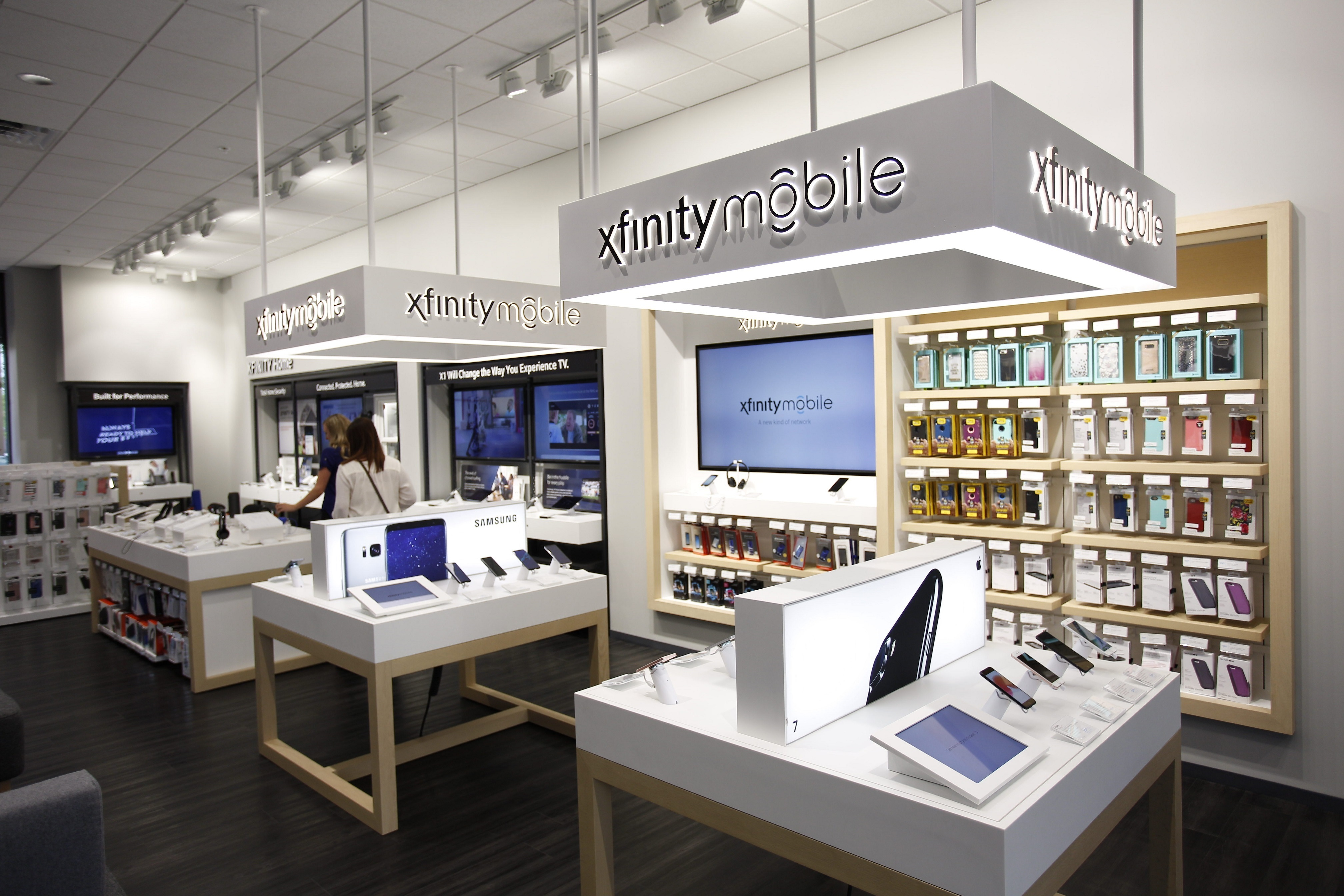 Xfinity Mobile Now Available In Twin Cities Xfinity Store Locations |  Business Wire