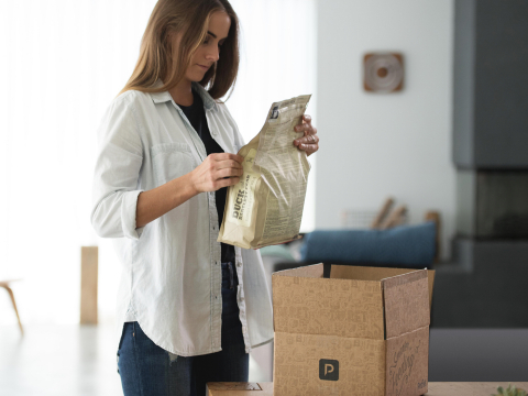 SmartFeeder and SmartBowl users can now enroll in SmartDelivery and get their first three bags of dog or cat food free. (Photo: Business Wire)