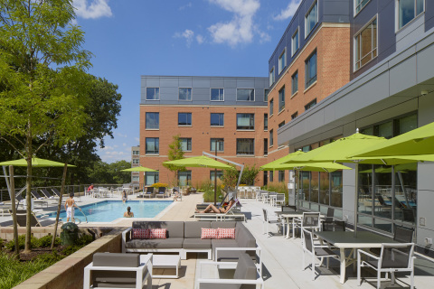 Olmsted Place is a full-service apartment building which features a large pool deck overlooking Boston's Emerald Necklace. (Photo: Business Wire)