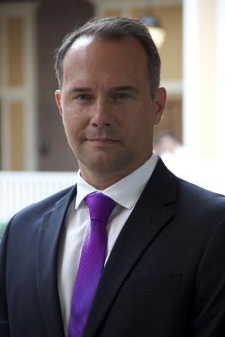 David C. Dennsteadt (Photo: Business Wire)