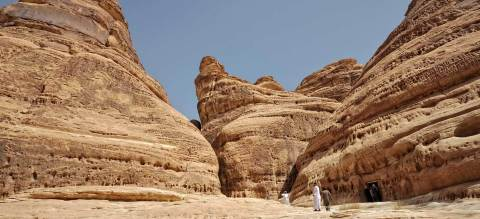The layered rock formations of Mount Athlib to the north east of Mada'en Saleh (webpage) / SaudiTourism.sa (Photo: ME NewsWire)