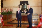 Bob Green, Chairman of the Board (left) and Tony Ricci, CEO (right) unveil the new Jeff Koons sculpture Liberty Bell at Parx Casino®. (Photo: Business Wire)