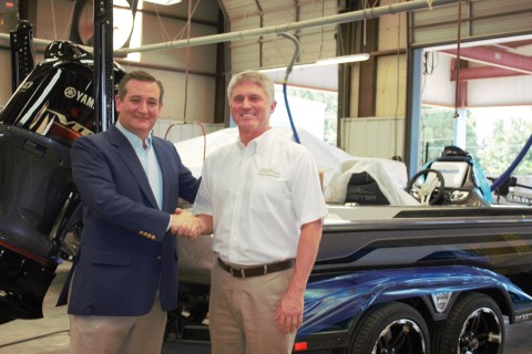 Sen. Ted Cruz (R-Texas) meets with Jeff Stone, Sr. Vice President of Skeeter Products, Inc., during a visit to the Skeeter Boats facility in Kilgore, Texas on Friday, Aug. 4. (Photo: Business Wire)