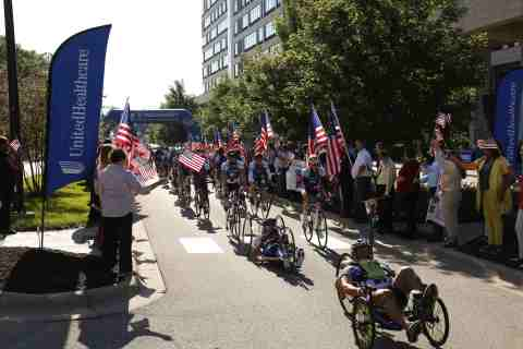 More than 150 wounded veterans and supporters depart UnitedHealthcare headquarters in Minnetonka to begin their 500-mile journey from Minneapolis to Chicago as part of the UnitedHealthcare Great Lakes Challenge (Photo: Gregory Page).