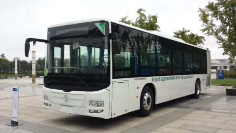 Efficient Drivetrains has over 90 buses deployed with its PHEV drivetrain system and expects to close orders for several hundred more drivetrains by the end of 2017. (Photo: Business Wire)