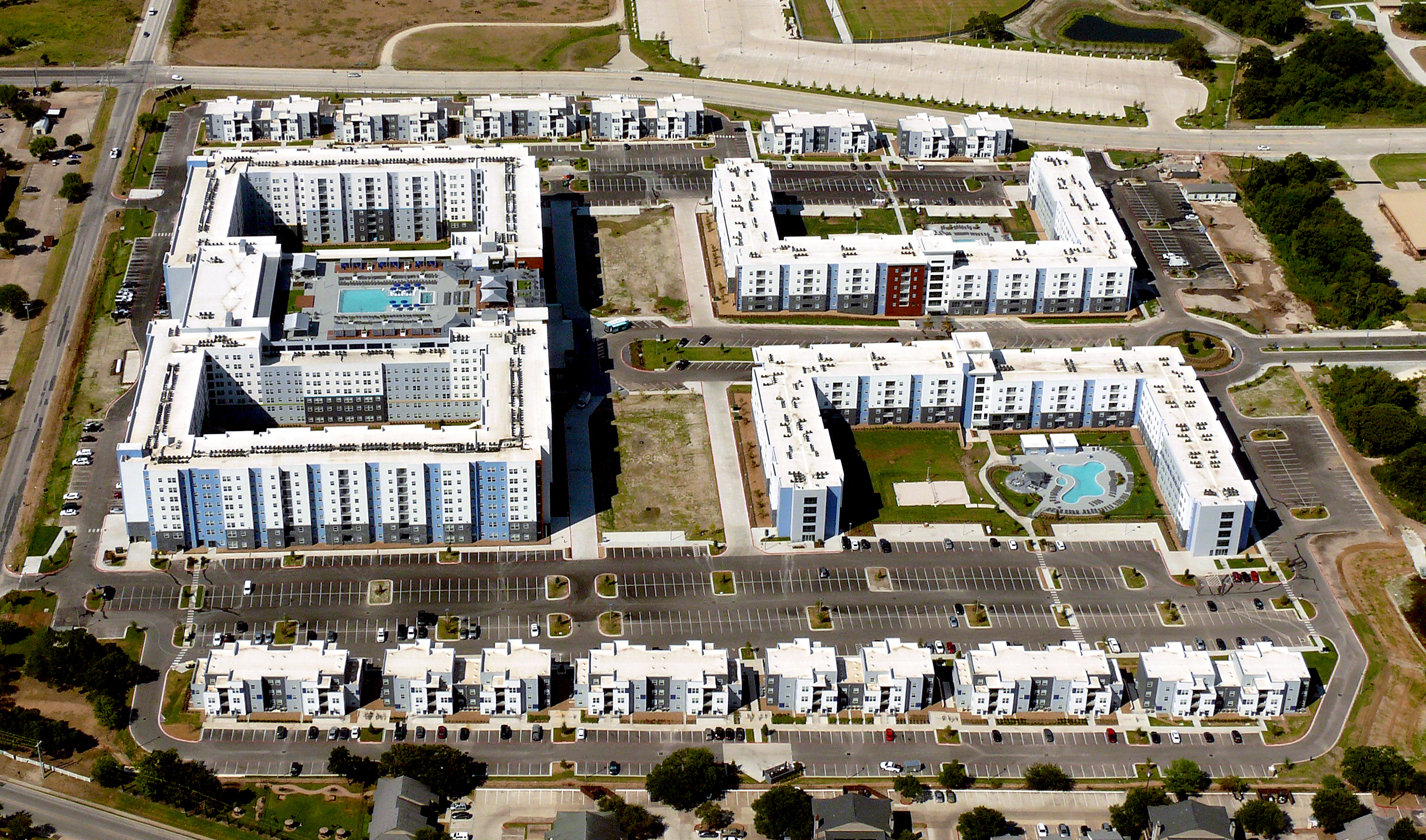 Weitz Completes Nation S Largest Student Housing Development Built Under Public Private Partnership Ahead Of Schedule Business Wire