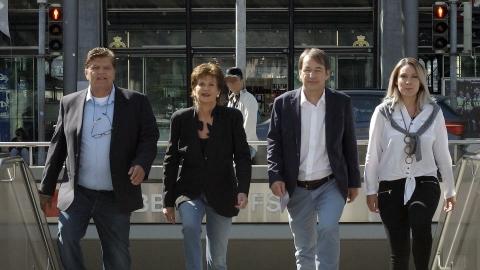 De izquierda a derecha: Axel Schultze (cofundador y miembro de la junta directiva), Marita Schultze  ...