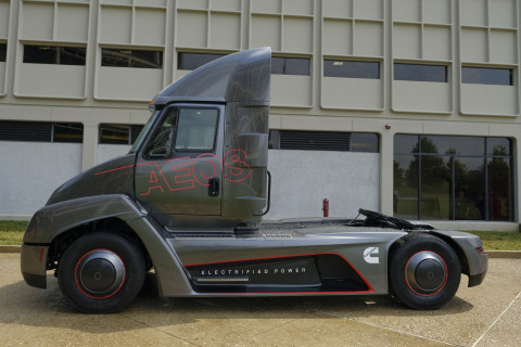 Aeos 2 - first fully electric heavy-duty truck and powertrain (Photo: Business Wire)