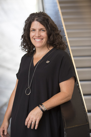 Melissa Stevens, Fifth Third Bank's Chief Digital Officer, helped create the Momentum app to offer an easy solution for millennials struggling to pay college debt. (Photo: Business Wire)