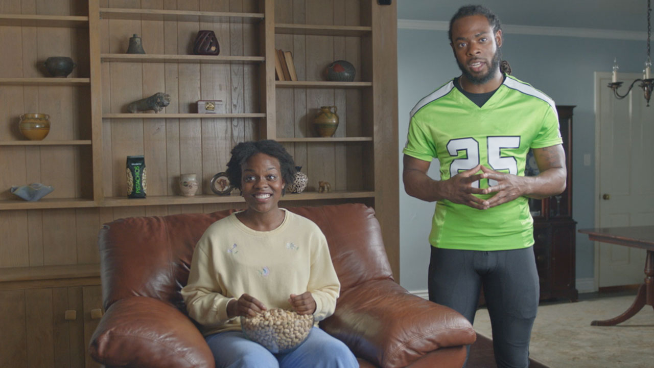 Seattle Seahawks Cornerback Richard Sherman And Green Bay Packers Linebacker Clay Matthews Kick Off Biggest Football Campaign Ever For Wonderful Pistachios Business Wire