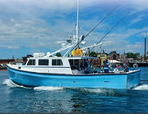 TJ Ott, a captain on the National Geographic hit show Wicked Tuna, will make a guest appearance in Axalta booth #3218 from 1-3 p.m. on Tuesday, September 19 and from 2-4 p.m. on Wednesday, September 20. (Photo: Axalta)