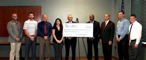 Arkansas State Representative James Sturch and Batesville Mayor Rick Elumbaugh joined representatives of First Community Bank, the Federal Home Loan Bank of Dallas and others for an $8,000 grant award to Habitat for Humanity of Independence County. (Photo: Business Wire)
