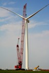 A rotor is lifted into place at Rock Falls wind project. (Photo: Business Wire)