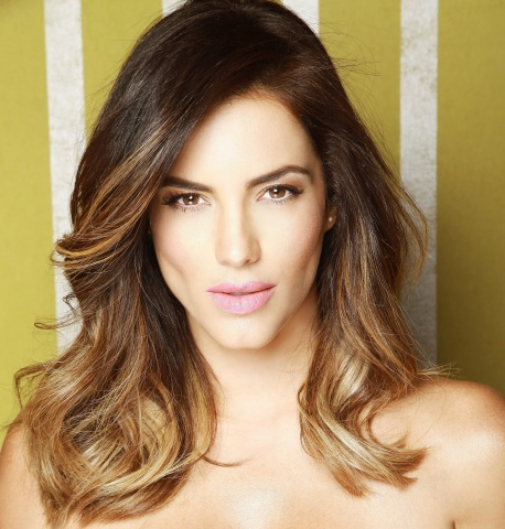 Gaby Espino celebrates National Hispanic Heritage Month with Macy's (Photo: Business Wire)