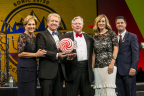 Gary Kinslow accepting Troy Smith Award at 2017 SONIC National Convention (Photo: Business Wire)