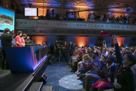 In this photo provided by Nintendo of America, fans watch the final two competitors in the Nintendo World Championships 2017 face off at the Manhattan Center in New York, NY. (Photo: Business Wire)