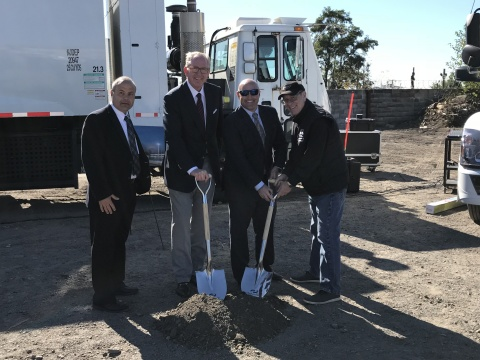 Andrew J. Littlefair, president and CEO of Clean Energy Fuels; Mark Riley, vice president, Clean Energy; Spiro Kattan, DSNY; and Steve Tufo, Baldor Food Transportation Manager, participate in the groundbreaking of Clean Energy's Bronx, NY. CNG station. (Photo: Business Wire)