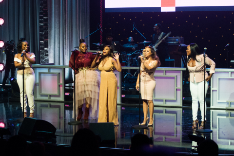 """Host, Naturi Naughton, joins XSCAPE on stage at the """"BET Her Fights: Breast Cancer"""" Concert Special premiering Sunday, October 22 at 7pm ET/PT on BET Her and 10pm ET/PT on BET / Photographer Paul R. Giunta"""