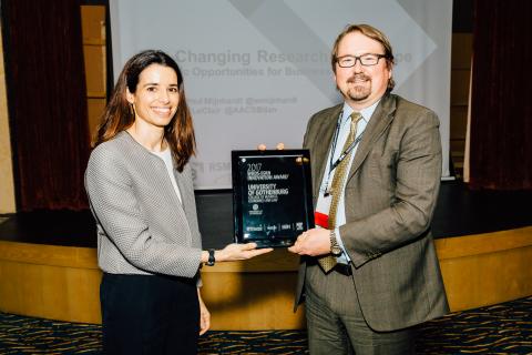 Mireia Gine (Wharton Research Data Services) and Patrik Ström (University of Gothenburg) (Photo: Business Wire)