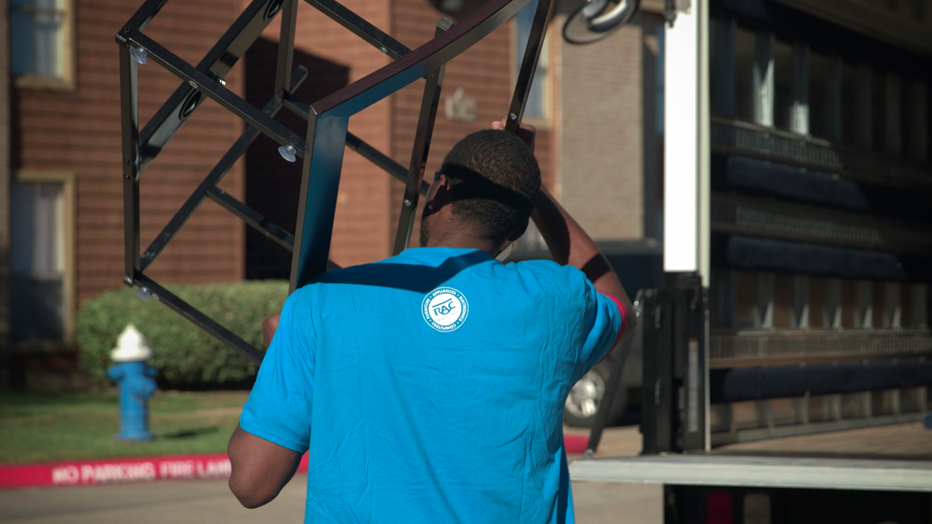 Rent A Center Donates Furniture to Harvey Affected Houston Sends