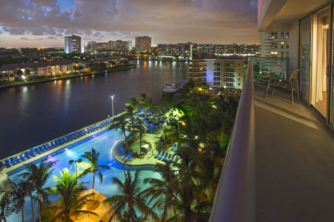 Balcony views from the newly renovated DoubleTree Resort by Hilton Hollywood Beach (Photo: DoubleTree Resort by Hilton Hollywood Beach)