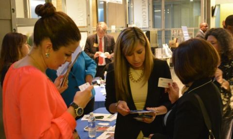 Small business owners networking with Latin Business Today advisory board members. (Photo: Business Wire)