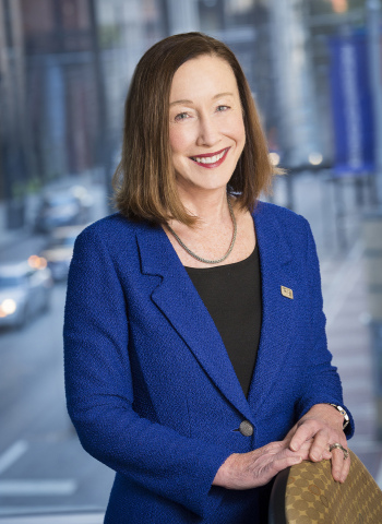 Kristine Garrett named head of Fifth Third Private Bank for the Bank's 10-state footprint. (Photo: Business Wire)