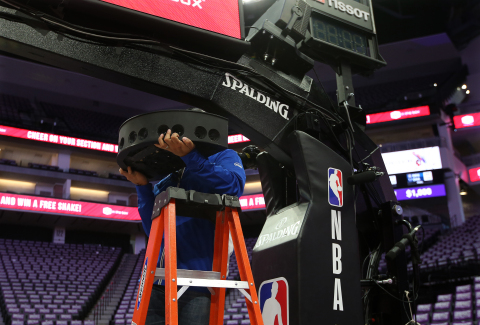 Intel True VR uses multiple panoramic, stereoscopic camera pods, which generate up to 1TB of data per hour, to create a more natural, realistic and immersive view of live NBA game action. Intel will become the Exclusive Provider of Virtual Reality for NBA on TNT beginning with NBA All-Star 2018 in Los Angeles. (Credit: Intel Corporation)