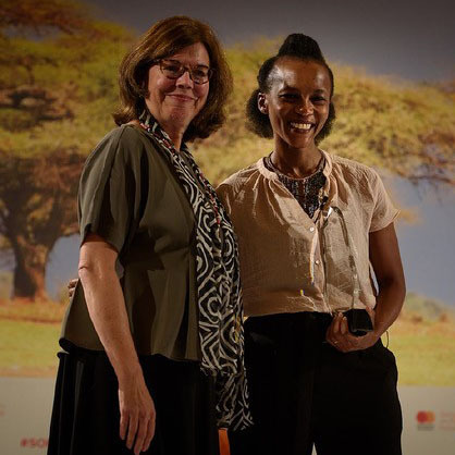 Ann Miles, Director of Financial Inclusion at the Mastercard Foundation (left) with Buhle Goslar, Director of Customer Intelligence at Jumo, winner of the 2017 Mastercard Foundation Clients at the Centre Prize. (Photo: Business Wire)