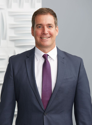 Curt Weber, National Sales Director of the pharma division for Signet Accel. (Photo: Business Wire)