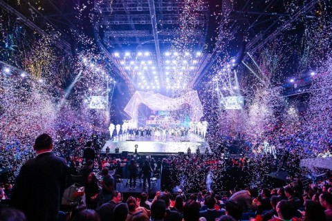 Alibaba's third annual 11.11 Global Shopping Festival Gala (Photo: Business Wire)