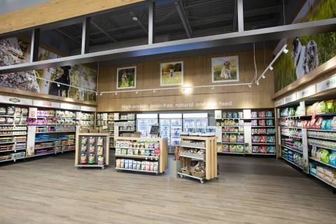 PetSmart, the leading pet specialty retailer in North America, announced today the addition of its Pinnacle Pet Nutrition Shop in all of its new stores. The Pinnacle Pet Nutrition Shops are about 550 square feet of dedicated space featuring an expanded collection of pet food products including brands such as Only Natural Pet®, Wellness®, Instinct® – The Raw Brand® and Castor & Pollux®, all offering high-protein, organic, natural, grain-free, minimally processed and/or raw pet food. These food types are the fastest growing in the overall pet food category and embody the peak of pet nutrition. (Photo: Business Wire)