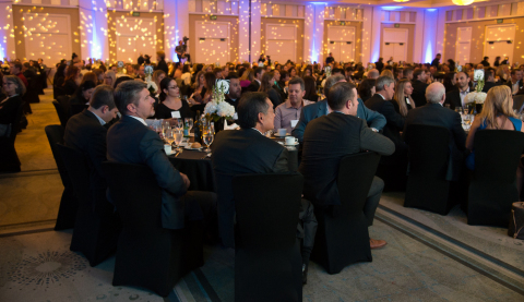 A crowd of 800 gathered for Biocom's annual Celebration of Life Dinner to honor leaders of the industry and hear from keynote speakers, Scott Hamilton and Karolyn Smith. (Photo: Business Wire)