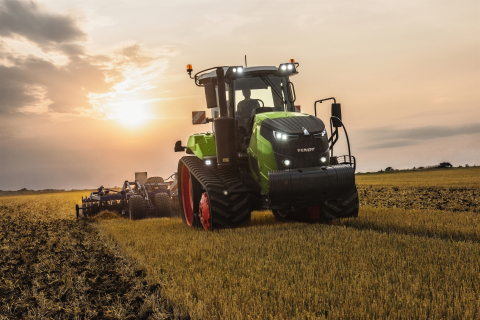 "The new Fendt Track Tractor 943 Vario MT won the treasured award ""Machine of the Year 2018"" in the C ..."