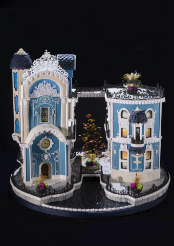 Today, Nov. 21, 2017, The Omni Grove Park Inn announced the winners of the Silver Anniversary Annual National Gingerbread House Competition. Beatriz Muller from Innisfil, Ontario, Canada placed Third in the Adult category. (Photo: Business Wire)